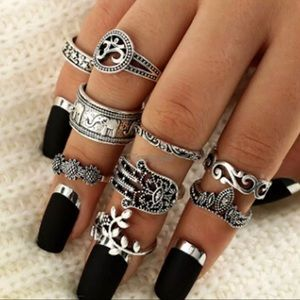 Jewelry - Bohemian Tribal Gypsy Silver Midi Stack Ring Set